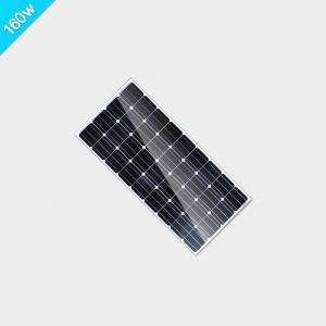 自驾游房车太阳能板